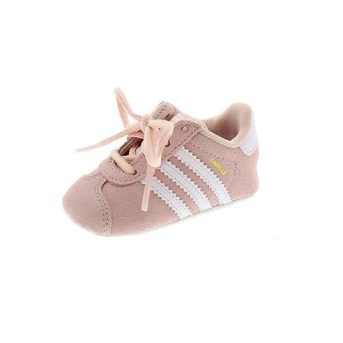 Deportiva Rosa recién Nacido Adidas Gazelle Crib BY2380: Amazon.es ...