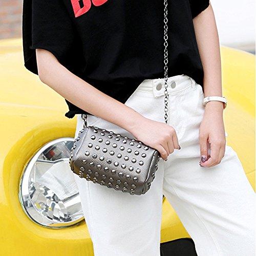 Kigurumi Damen Handtasche Vintage kleine Tasche PU-Leder Niet Umhängetasche GrüN