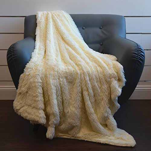 Super Soft Shaggy Chic Fuzzy Faux Fur Throw Blanket 50''x60'', Warm Fluffy Elegant and Cozy - Cream Shaggy Cream
