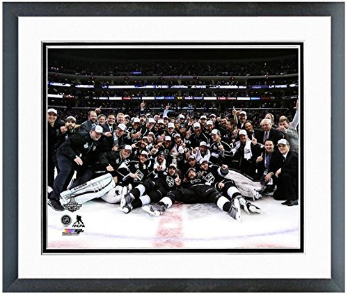 """Los Angeles Kings 2014 NHL Stanley Cup Champions Team Celebration Photo (Size: 18"""" x 22"""") Framed"""