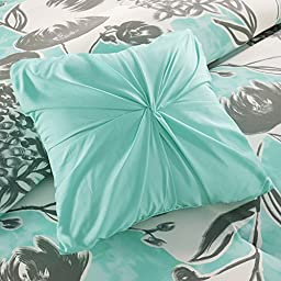 ID Girls Aqua Floral Comforter Set with Shams. Modern Flower Bedding. Choose from Twin/Twin XL or Full/Queen. Includes Scented Candle Tarts. (Full/Queen)