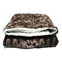 Luxury Faux Fur Air Condition Blanket, Throw Blanket Double Side Soft Microfiber by stteil