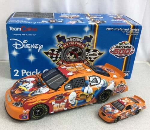 NASCAR 2005 Disney Donald Duck Racing Across America Daytona 500 Twin Pack 1:24 & 1:64 ()