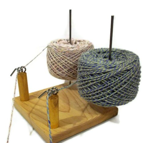 Nancys Knit Knacks Yarn Pet Duo for Knitters and Crocheters