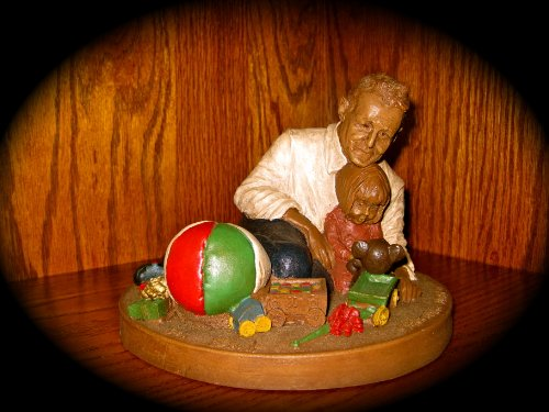"RARE, RETIRED Tom Clark Gnome/Figurine ""CHRISTMAS MORN"" (with COA) 1988; EDITION 78"