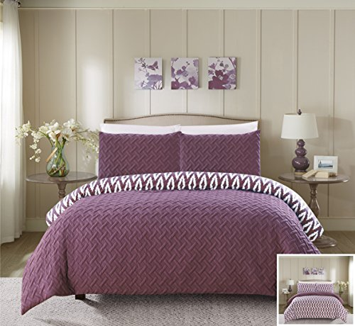 Chic Home 3 Piece Eloida Heavy Embossed and Embroidered Quilted geometrical pattern REVERSIBLE printed Queen Comforter Set ()