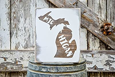 MINI Michigan Rustic Wood Signs - Whitewash State Signs - Home State Decor - Personalized State Sign 6x7in
