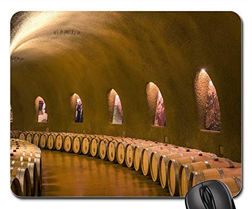 Mouse Pad - Wine Cellars Caves Tunnel Parabolic Barrels Casks ()