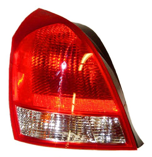 OE Replacement Hyundai Elantra Driver Side Taillight Assembly Partslink Number HY2800119