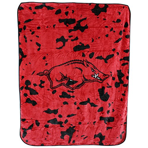 College Covers NCAA Arkansas Razorbacks Throw