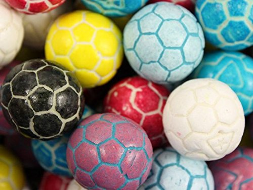 Super Sports Balls Bubble Gum 2 Pound Bag (SOCCER BALLS) ()