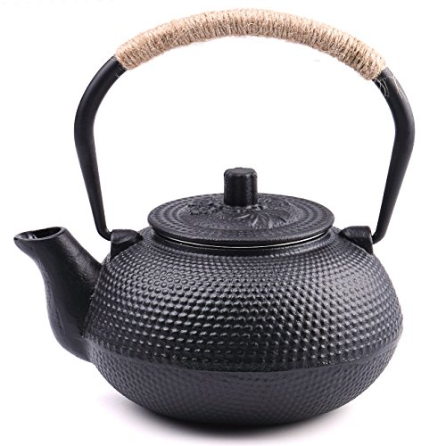 TOWA Workshop Japanese Tetsubin Tea Kettle Cast Iron Teapot with Stainless Steel Infuser Black 22 oz