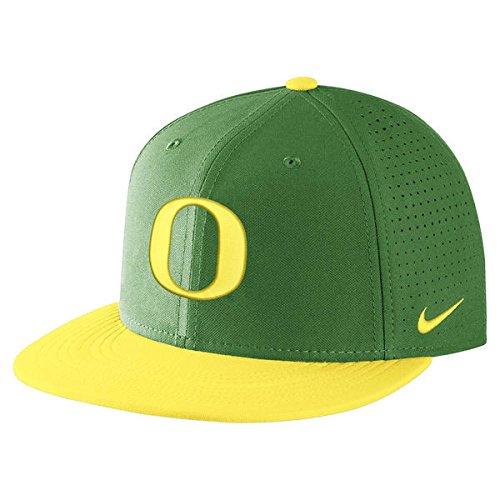 Ducks Mens Oregon Nike - NIKE Men's Oregon Ducks Apple Green/Yellow AeroBill True Performance Hat (OneSize)