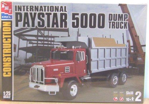 AMT Ertl International Paystar 5000 Dump Truck Model Kit
