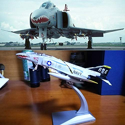 (Hai You 1:100 Scale Military Model Mcdonnell Douglas F-4 Phantom II Fighter Aircraft Model Plane Toy for Collection Souvenir Gift Home Office Decoration)