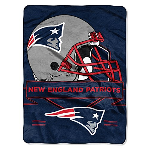NFL New England Patriots Prestige Plush Raschel Blanket, 60