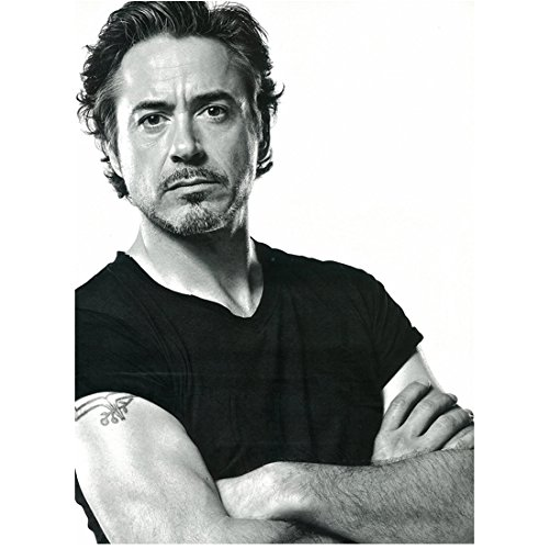 Robert Downey, Jr. 8 Inch x 10 Inch photograph Captain America Civil War The Winter Soldier The Avengers Age of Ultron B&W Arms Crossed Over Tee Shirt kn (Robert Downey Jr Best Actor)