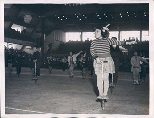 1957 Photo Girls Boy Children Pogo Sticks Japanese Kids Gymnasium Hopping (Pogo Photo)