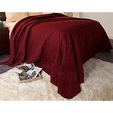 Lavish Home 66-40-K-BU Solid Color Bed Quilt - King - Burgundy