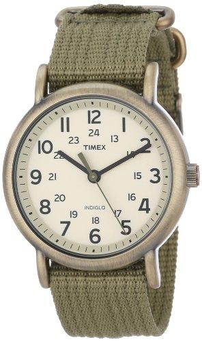 (Timex Unisex T2N894 Weekender Olive Green Nylon Strap Watch)