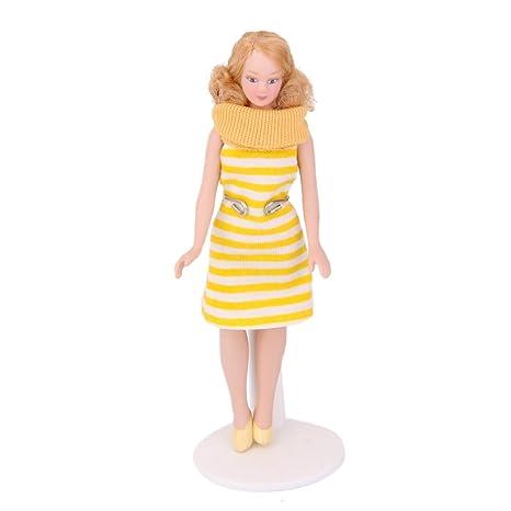 Puppenstuben & -häuser 1:12 Puppenhaus Miniatur 7 Stück Holzpuppen Modelle mit Kleidung Puppe