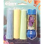 Finding Dory 4 Piece Chalk Set - 1 Chalk Holder & 3 Pieces of Jumbo Chalk