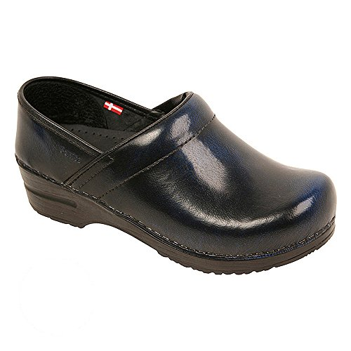 Off Leather Footwear (Original by Sanita Women's Cabrio Clog Brush Off Leather Blue)
