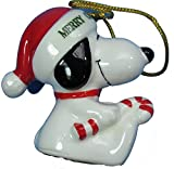 vintage peanuts - 1977 Vintage Peanuts Snoopy Holding Candy Cane 2.25