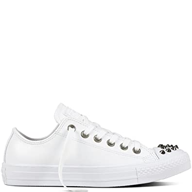 c09dab4a1e6 Converse Chuck Taylor All Star OX Fashion Sneakers White White Optical White  Size 6.5