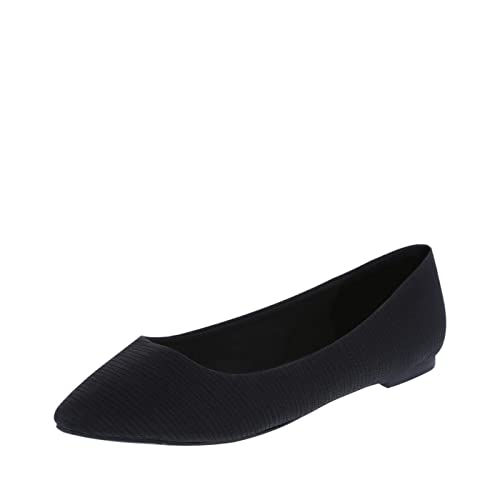 c0a00c08219 Christian Siriano for Payless Women s Gigi Point Flat Shoes - Trendy    Stylish with Easy Slip On   Off (Wide   Regular Sizes)  Amazon.ca  Shoes    Handbags