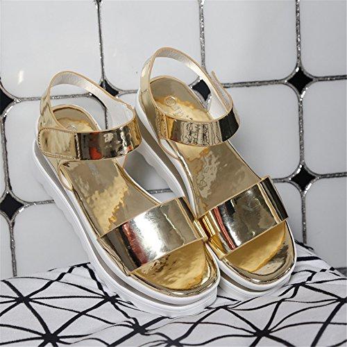 (Por favor, tome código de primer año) bajo de la boca 2016 sandalias de plataforma femenina la palabra hebilla de correa de la sandalia Gold