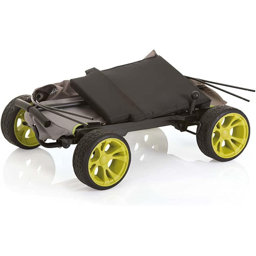 Ist ein Bollerwagen faltbar, ist er vor allem auf Reisen schnell und einfach zu verstauen.
