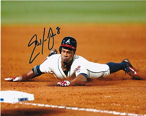 - ERIC YOUNG JR ATLANTA BRAVES ACTION SIGNED 8x10 - Autographed MLB Photos