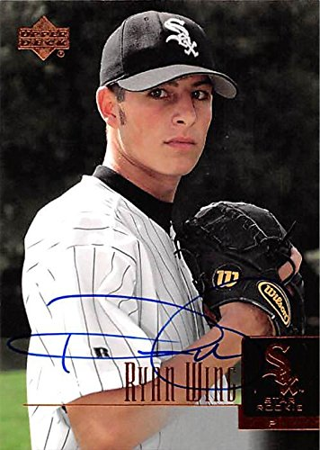 Ryan Wing autographed baseball card (Chicago White Sox) 2001 Upper Deck Star Rookie #83
