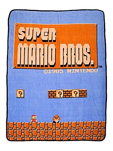 per Mario Bros Retro Fleece Throw Blanket, 48