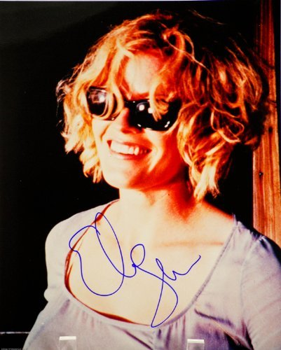 Elisabeth Shue Autographed 8x10 Color Photograph - Signed in Blue Sharpie/Signed In Person - Films: Karate Kid/Cocktail/Back to the Future 2 / Molly - Rare - Collectible