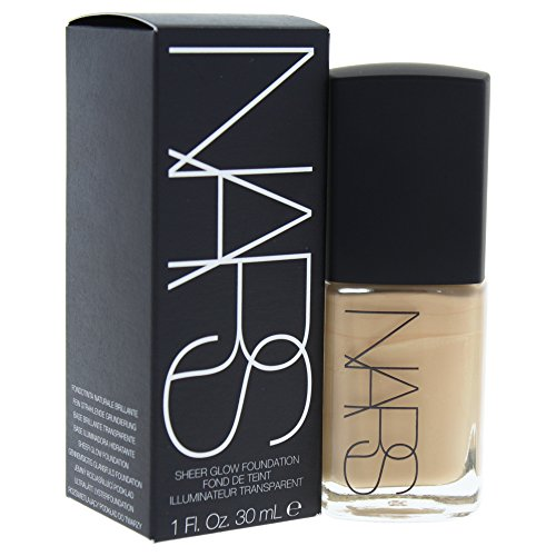 NARS Sheer Glow Foundation, Punjab