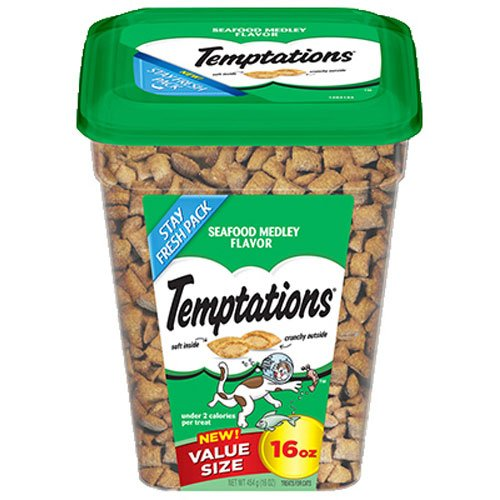 Temptations Cat Treats, Seafood Medley Flavor, 16 Oz. Tub, Makes A Great Holiday Cat Treat