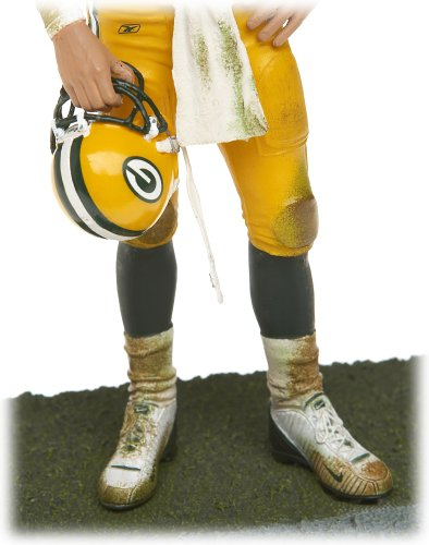 NFL Series 12  Brett Favre 3 Action Figure McFarlane Sportspicks