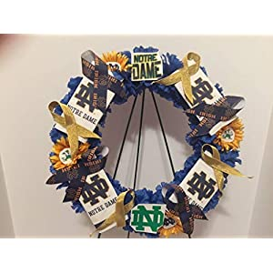 COLLEGE PRIDE - UND - UNIVERSITY OF NOTRE DAME - FIGHTING IRISH - DORM DECOR - DORM ROOM - COLLECTOR WREATH - BLUE CARNATIONS AND GOLDEN SUN FLOWERS 62
