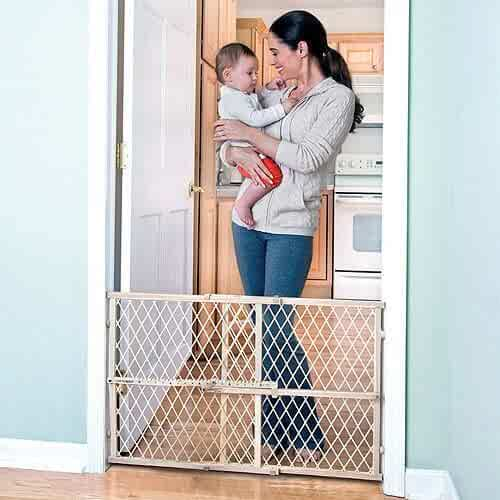 Evenflo Safety Gate Position and Lock Wood Baby Child Infant Pet Gate NEW Dimensions: 26-42