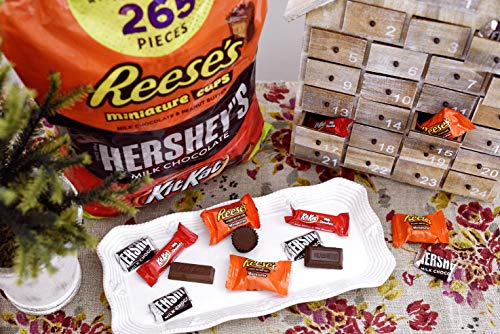 Large Product Image of HERSHEY'S 5 Pound Holiday Candy Assortment, Bulk Chocolate Candy Gift, HERSHEY'S, REESE'S, and KIT KAT, 265 Pieces