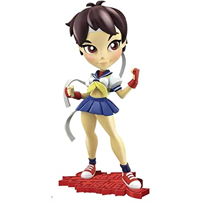 Cryptozoic Street Fighter Knockouts Series 1: Sakura Vinyl Figure: Toys & Games