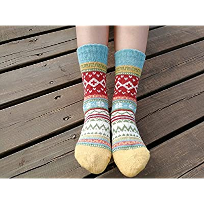 YZKKE 5Pack Womens Vintage Winter Soft Warm Thick Cold Knit Wool Crew Socks, Multicolor, free size at Women's Clothing store