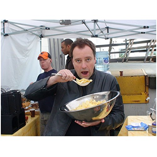 David Hewlett 8x10 Inch Photo Cube Stargate: Atlantis Rise of the Planet of the Apes Eating From Huge Metal Bowl kn