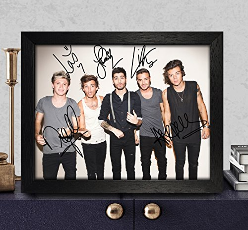 one direction autographed items - 3