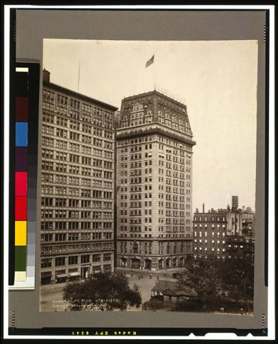 Photo: Guardian Life Building,4th Avenue,17th Street,New York,NY,c1918,American Flag