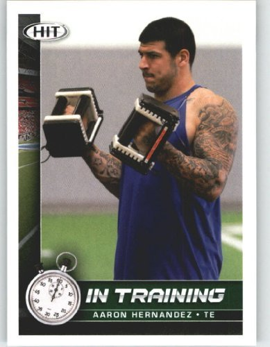 Aaron Hernandez - In Training (Rookie Year Card) 2010 Sage HIT Football