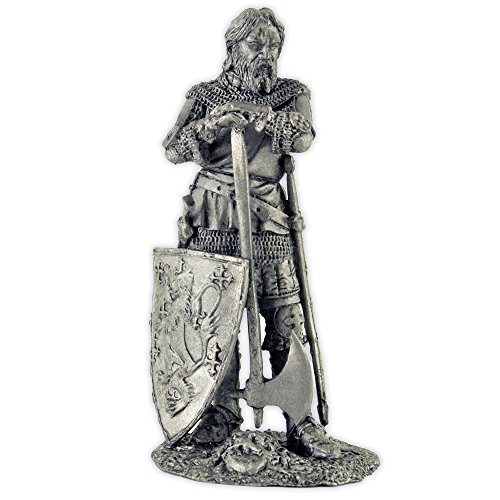 England. Knight, 14th century. Metal sculpture. Collection 54mm (scale 1/32) miniature figurine. (Tin Toy Miniatures)