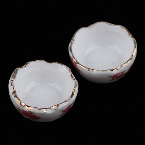 Dollhouse Miniature Nesting Metal Bowl Set 4 /& 2 checked kitchen towels  1:12
